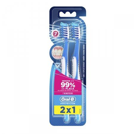 Escova Dental Oral-B Pro-Saúde 7 Benefícios Macia 35 - Leve 2 Pague 1